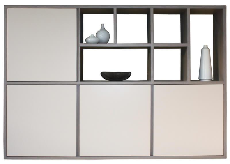 buffet composition murale 4 volets alv oles ouvertes en asym trie ch ne gris laqu taupe. Black Bedroom Furniture Sets. Home Design Ideas