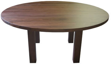 01680 Table ronde pieds carré Noyer naturel
